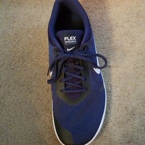Nike Shoes - Nike Flex Experience 8 Running Shoes size 13 mens
